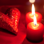 Valentines_day_decoration_ideas_candle_red_heart_glitter